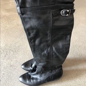 Shoes - Leather boot. Great condition
